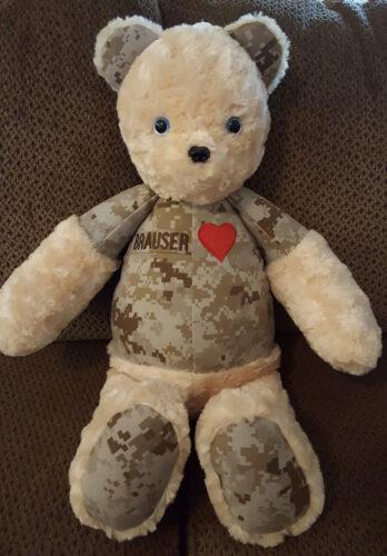 01 - BearyHuggables_military bear