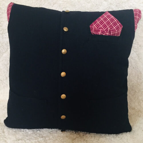 38- BearyHuggables_black ahirt with red accent memory pillow