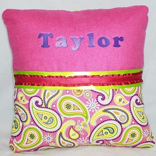 64-Beary Huggables_Divided Design Pillow
